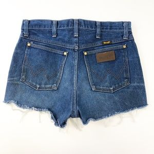 Wrangler Cut Of Fray Hem Jean Shorts High Rise 30